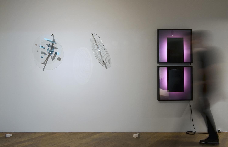 Javier Toro Blum, Benjamin Ossa, Tout ce qui est droit ment, exhibition view, May 2017