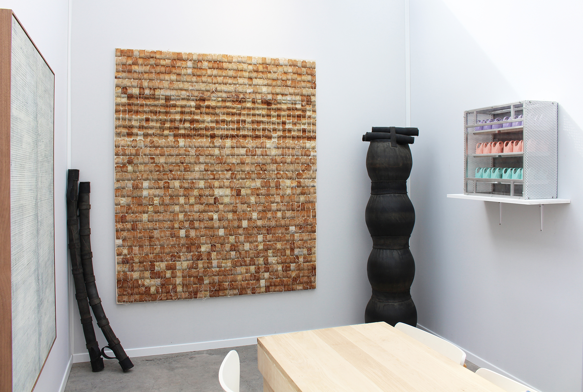 Sobering Galerie at Art Paris Art Fair (booth E13), exhibition view, March 30th - April 2nd 2017, on the wall from left to right: Alexandra Hopf, Armén Rotch, Pierre Petit / on the floor : François Arna