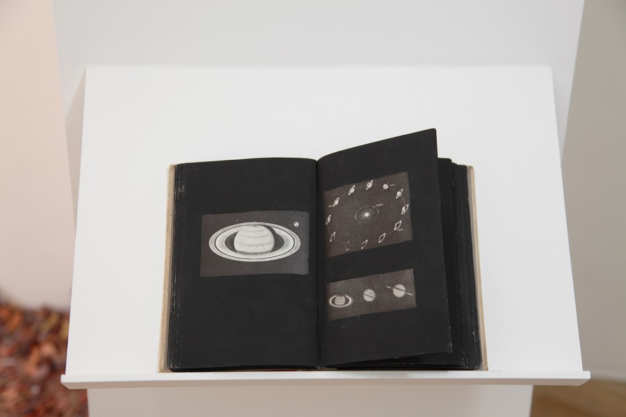 Rodrigo Arteaga Our Wonderful Universe, 2014 Artist book Astronomy book, painting 13,5 x 19,5 cm
