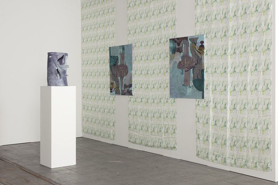 From left to right: Untitled, 2014, painted terracotta, 50 x 30 x 30 cm Starting from vague thoughts, 2015, three fabrics printed (each 350 x 140 cm), two paintings, oil on canvas (each 95 x 76 cm)